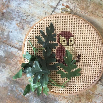 vintage embroidery hoop weave woven owl fake greenery leaves embroidered owl picture wall hanging trailer art camper handmade retro brown