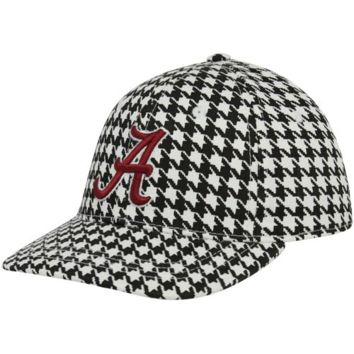 Top of The World Alabama Crimson Tide Youth 1-Fit Flex Hat - http://www.shareasale.com/m-pr.cfm?merchantID=7124&userID=1042934&productID=509442713 / Alabama Crimson Tide