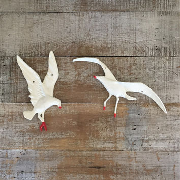Seagull Wall Hanging Mid Century Seagull Birds In Flight Metal Wall Art Bird Wall Hanging Nautical Wall Art Beach House Decor Cottage Chic