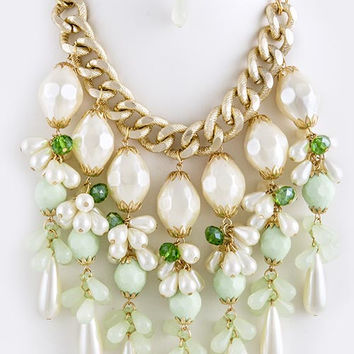 Chunky Cluster Pearl Necklace
