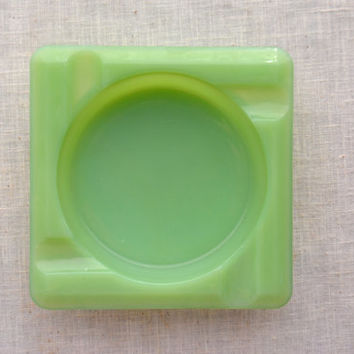 Vintage Jadeite Ashtray, 1940's Jadite Home Décor, Fire King Square Green Ashtray, Potpourri Jadeite Dish