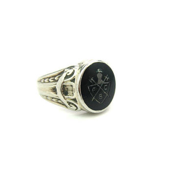 Signet Ring. 10K White Gold. Fraternal Knights of Pythias. Black Onyx. Engraved Shield FCB. Antique 1900s Mens Victorian Jewelry. Size 11.25