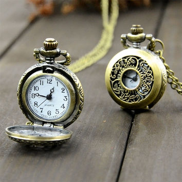 New Fashion Retro Vintage Style Bronze Steampunk Quartz Necklace Clock Pocket Watch Floral Hollow
