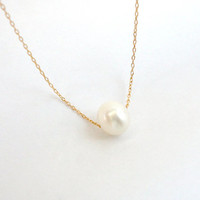 Single freshwater pearl necklace, Gold filled or Sterling silver chain, Simple bridal necklace, Dainty necklace