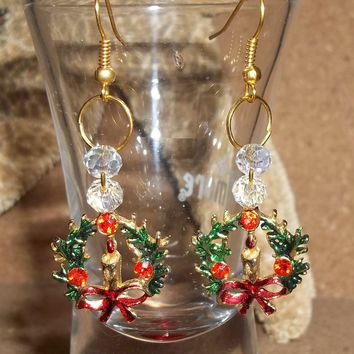Vintage Christmas Wreath w/ Candle & Bow Hand Painted Gold Tone Dangle Earrings