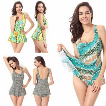 Large Size Piece Swimsuit Floral Siamese Skirt Swimsuit  Poly Chest