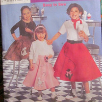 SALE Uncut Simplicity Sewing Pattern, 5401! 7-14 Girls/Kids/Children's Poodle Skirts/50's retro Skirts/Flare Skirts/Full Skirts/Costumes