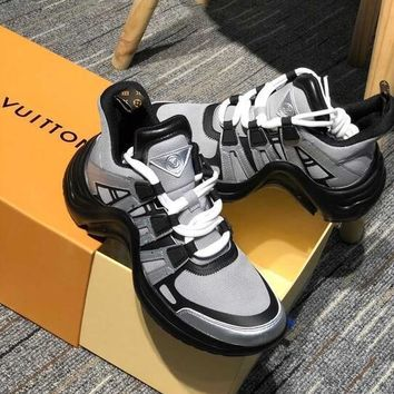 LV Louis Vuitton Sci-Fi Fashion Unisex Personality Stitching Color Shock Absorption Breathable Net Surface Running Sport Shoe Sneakers Silver Black I-AA-SDDSL-KHZHXMKH