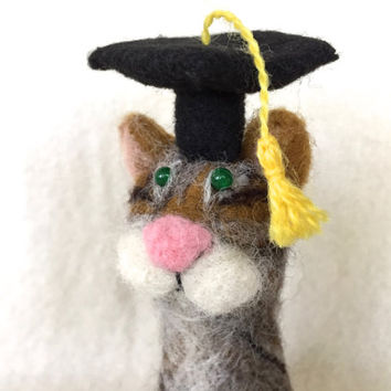 Needle felted Cat Graduation Cat Gift gift idea needle felting cat needle felted animal brown felt wool bear brown grey black grad gift cute
