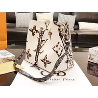 LV fashion printed patchwork color shoulder bag hot seller of casual ladies shopping bag White
