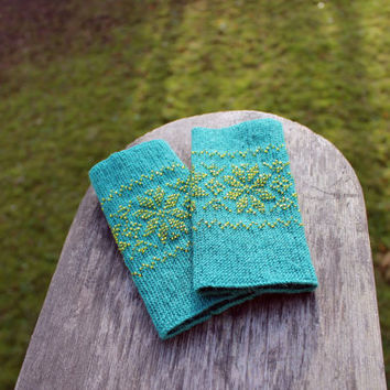 Long Turquoise Color Wrist Warmers, Traditional Flowers Pattern, Beaded Arm Warmers, Fingerless Gloves, Beaded Cuff, Luxurious Cashmere Wool