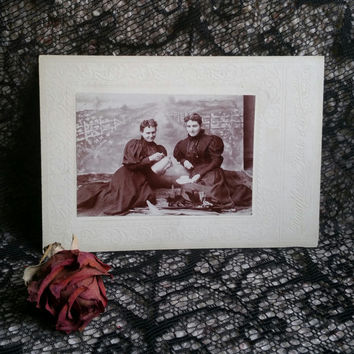 antique Victorian widows mourning cabinet card drinking tea