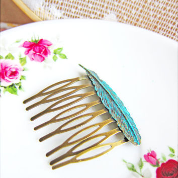 Blue Wedding Hair Comb Aqua Feather Hair Comb Vintage Style Bridal Victorian Spanish Style Hair Jewelry - L'etang Bleu