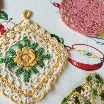 Crochet Hotpads Potholders Yellow Green Pink Coral Peach Vintage Kitchen Set of 5