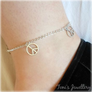 Simple Peace Anklet - Silver Plated. Extendible