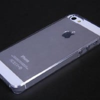 Generic Carrying Case for iPhone 5 - Non-Retail Packaging - Clear