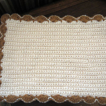 4 Crochet Place Mats vintage 60s 70s Cream Golden Brown Scalloped Edge Crocheted Retro Rustic Cottage Country