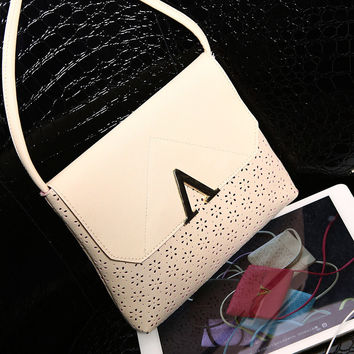 Stylish Hollow Out Sweets One Shoulder Bags [6581807943]