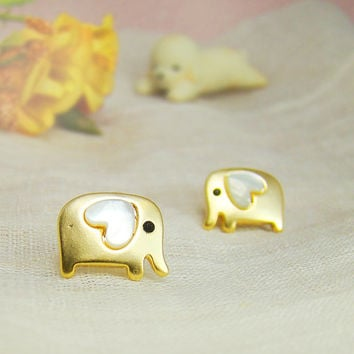 Womens Elephant Earrings Animal Lovely Heart Stud Earrings Mother of Pearl Heart Gold Plated Nickel Free