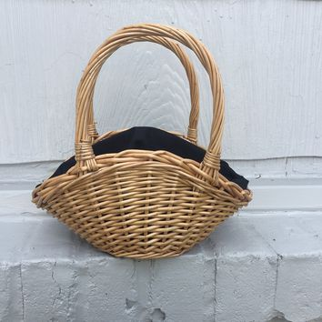 NEW TRENDY STRAW WICKER HANDBAG