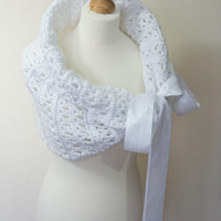 BRIDAL WRAP / WEDDING Shawl / Bridal Stole / Wedding Bolero / Bridal Cape / Wedding Wrap / White Shawl / Wedding Capelet / Bridal Shrug