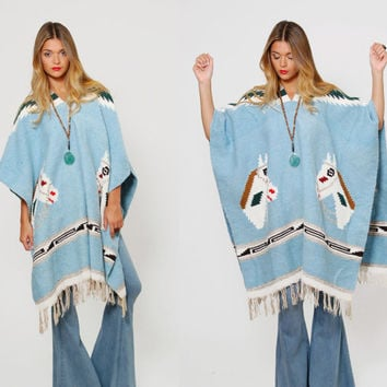 Vintage 70s HORSE Print Poncho MEXICAN Blanket Cape Ethnic Hippie Sweater with FRINGE Southwestern Poncho