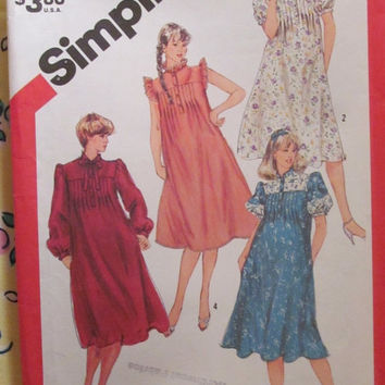 SALE Uncut 1980's Simplicity Sewing Pattern, 5769! Size 8  Maternity/Women's/Misses/Small/Pullover Dress/Pleated Back & Front/Collared/Ruffl
