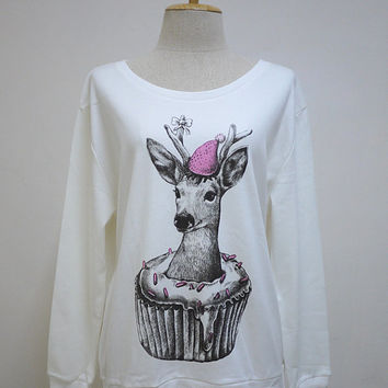 Happy Deer in Cupcake (Size L) : Happy New Year Reindeer Animal Style Sweater Long Sleeve Women Sweater White T-Shirt Screen Print Cotton