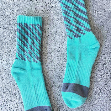 Cupshe Blueberry Jam Stripe Socks