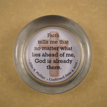 Faith and God Quote, Confirmation Gift, Blue Cross Paperweight, Glass Paperweight, Religious Quote, Personalized Gift, Round Paperweight