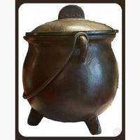 Round Cauldron with Lid