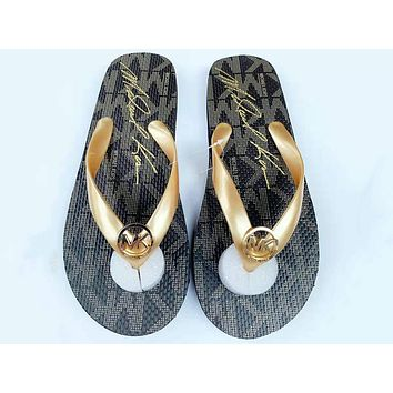 GUCCI Summer Trending Women Casual Print Sandal Slippers Shoes Flip-Flops Coffee
