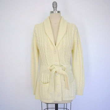 Vintage Cable Knit Sweater Cardigan / 1970s Ivory Cream Belted Cardi / 70s Winter White / Size Medium M