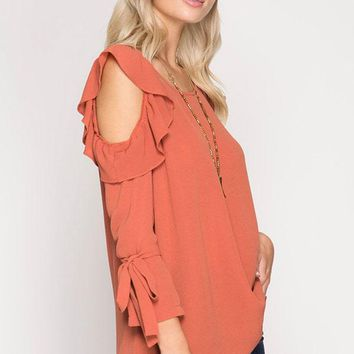 Flutter sleeve cold shoulder top - Rust