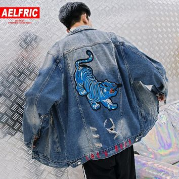 Trendy AELFRIC Tiger Embroidery Jean Baseball Jacket 2018 Hip Hop Mens Denim Jacket Coat Tactical Jackets Distressed Baggy Outwear RK23 AT_94_13