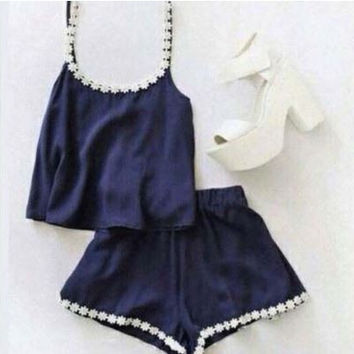 Daisy Trim Two-Piece