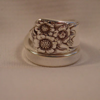 An April Pattern Spoon Ring Wrapped Style Size 10 Vintage Spoon and Fork Jewelry t619