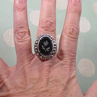 """1971 Sarah Coventry """"Turn-about"""" silver tone convertible ring"""