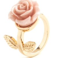 ModCloth Fairytale Retro Rosie Ring in Leaves