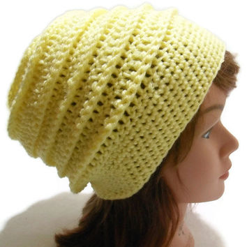 Crochet Bee Hive Slouchy Beanie Hat in Light Yellow Medium