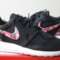 Nike Roshe Run Black White Bushel of Roses Floral Print Custom Men & Womens