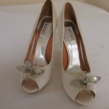 Badgley Mischka Cleone White Satin Open Toe Pumps Women's  9.5 M