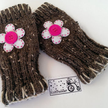 Fingerless Gloves - Ladies Fingerless Gloves, Knit in Barley with White & Pink Flower