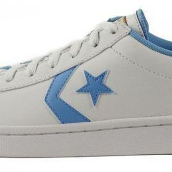 ICIKHD9 Converse for Men: Chuck Taylor Pro Leather Ox White Sneakers