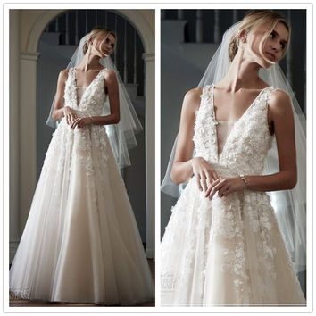 Tulle  Wedding Dresses Deep V-Neck Sleeveless Zipper Back 3D Appliques Beaded Empire A-Line Floor Length