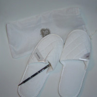 St Regis White Cushioned Slippers with Bag and St Regis Black Pen