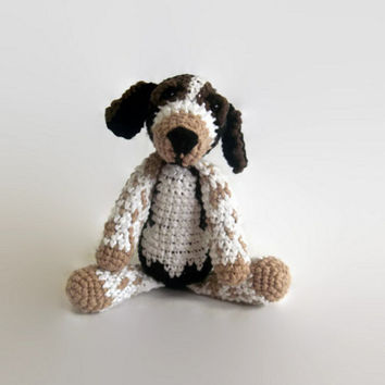 beagle dog crochet plush, fiber art doll, hound, amigurumi, scented, custom, cotton, soft