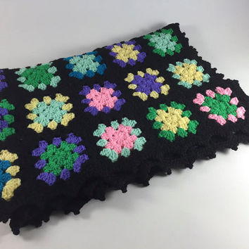Vintage Crochet Handmade Afghan Black Green Purple Blue Yellow Flower Granny Square Throw Bed Covering Bedroom Spring Home Decor Lap Blanket
