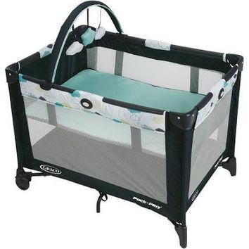 Graco Pack N Play Playard with Automatic Folding Feet