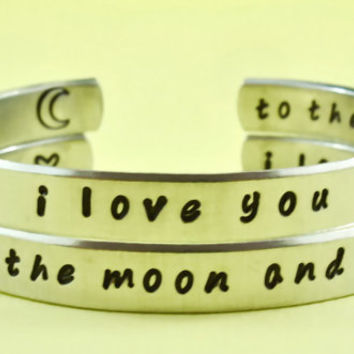 i love you to the moon and back - Hand Stamped Bracelets Set, Forever Love, Mother Daughter Bracelets, Friendship, Handwritten Font